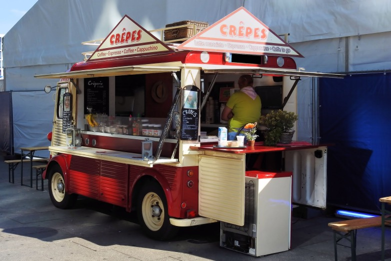 kreatives Sommerfest Foodtruck Crepes